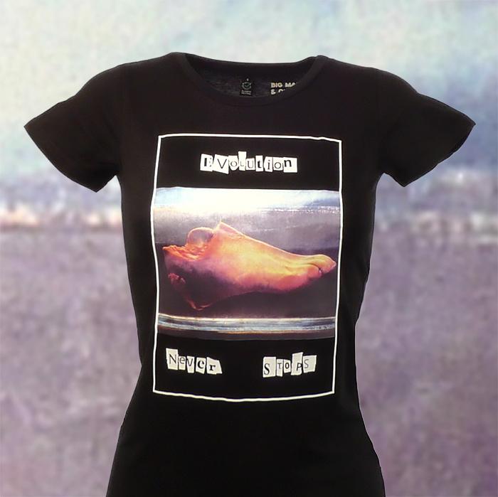 Evolution Never Stops-Svart t-shirt kvinna, kläder, sekulär, ateist